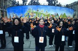 IO DANZO - 21 DICEMBRE 2002 - PIAZZA CASTELLO