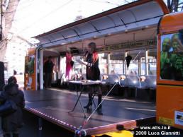 IO DANZO - Trolley Festival - Giardini Reali - dicembre 2008 - Tram Teatro